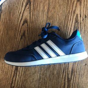 Adidas, boys size 2
